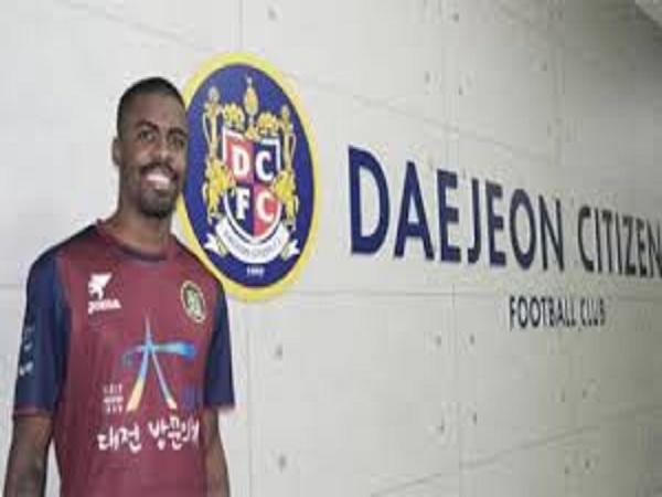 CLB Hàn Quốc hủy hợp đồng với cầu thủ Alessandro