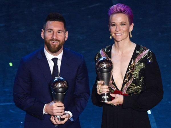 Tin bóng đá quốc tế 24/9: Messi lần đầu tiên giành giải FIFA The Best