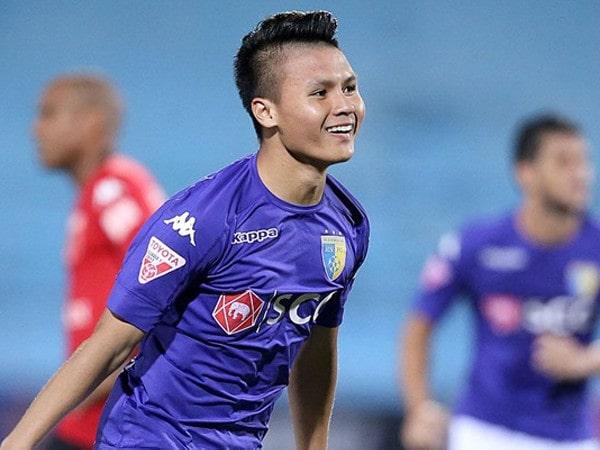 Tin bóng đá Việt Nam 16/9: Quang Hải sẽ là Vua phá lưới V.League?