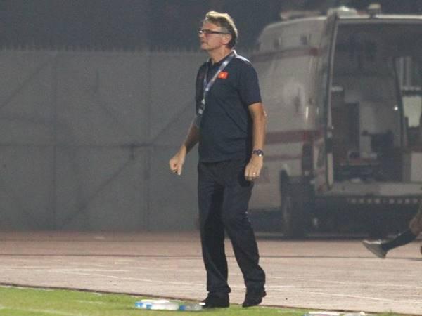 HLV Philippe Troussier không hài lòng với kết quả của U19 Việt Nam