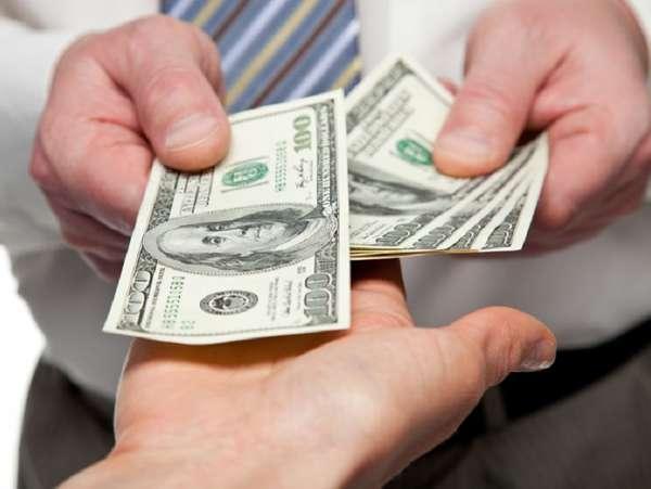 Mơ vay mượn tiền đánh con gì, là điềm báo dữ hay lành?