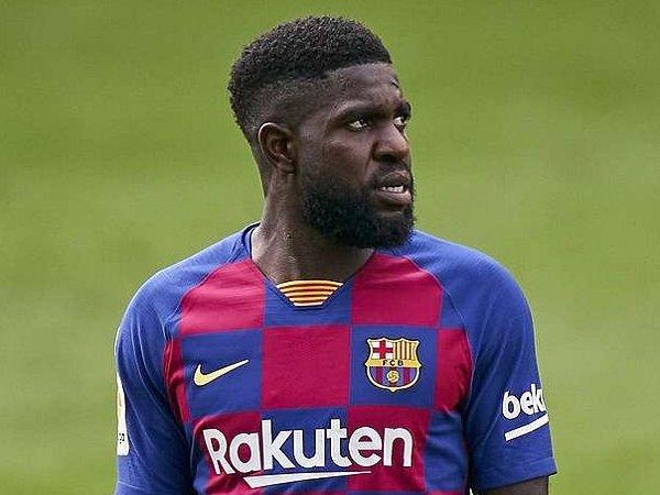 Chuyển nhượng 2/12: Barcelona ra giá bán tháo Umtiti
