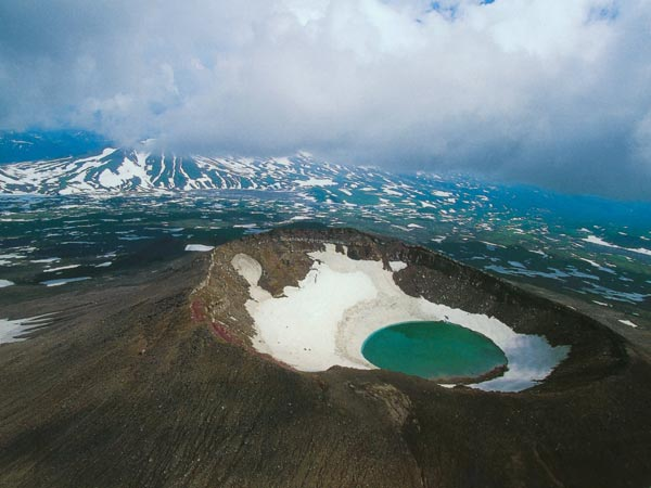Mơ thấy núi lửa đánh con gì?