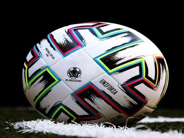 Kích thước tiêu chuẩn của quả bóng đá theo quy định của FIFA