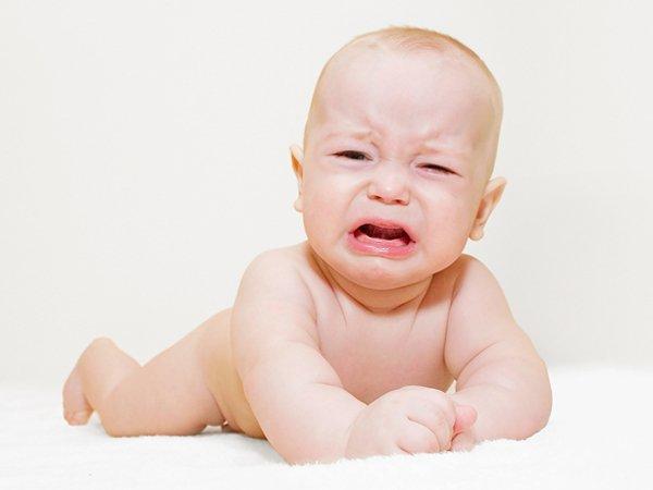 Nằm mơ thấy em bé khóc có ý nghĩa gì đánh con gì dễ trúng